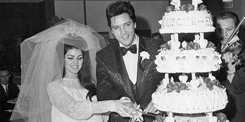 Elvis & Priscilla Presley's cake